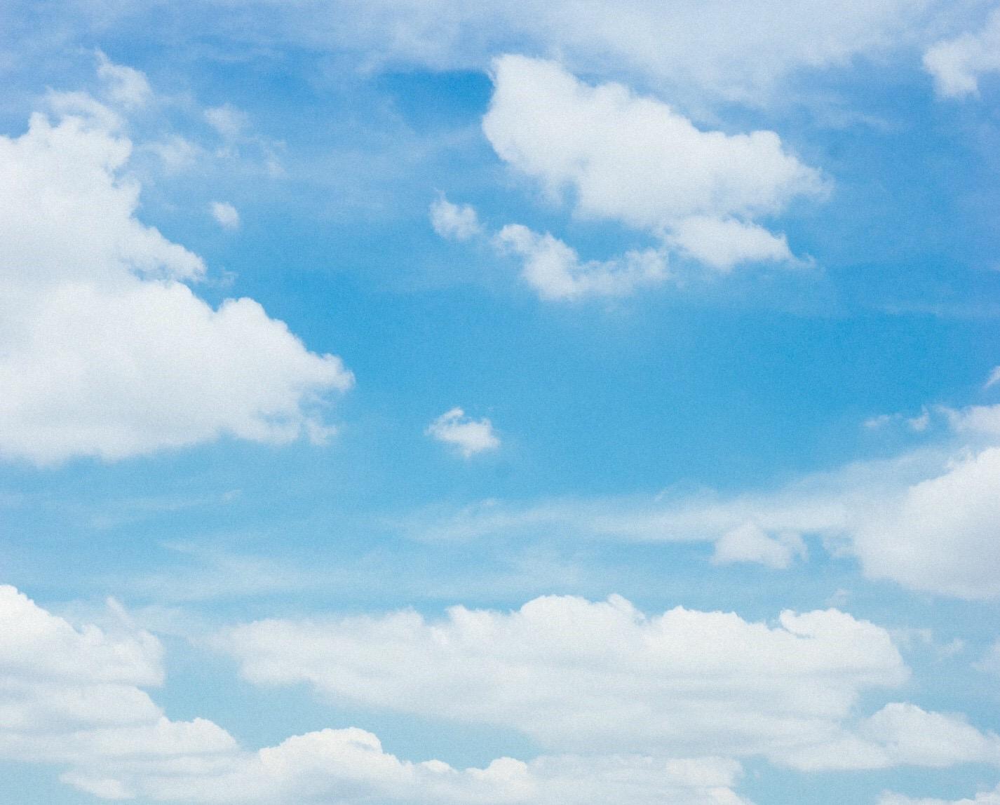 yaunnのブランドイメージは、幾重にも重なる雲:八雲
