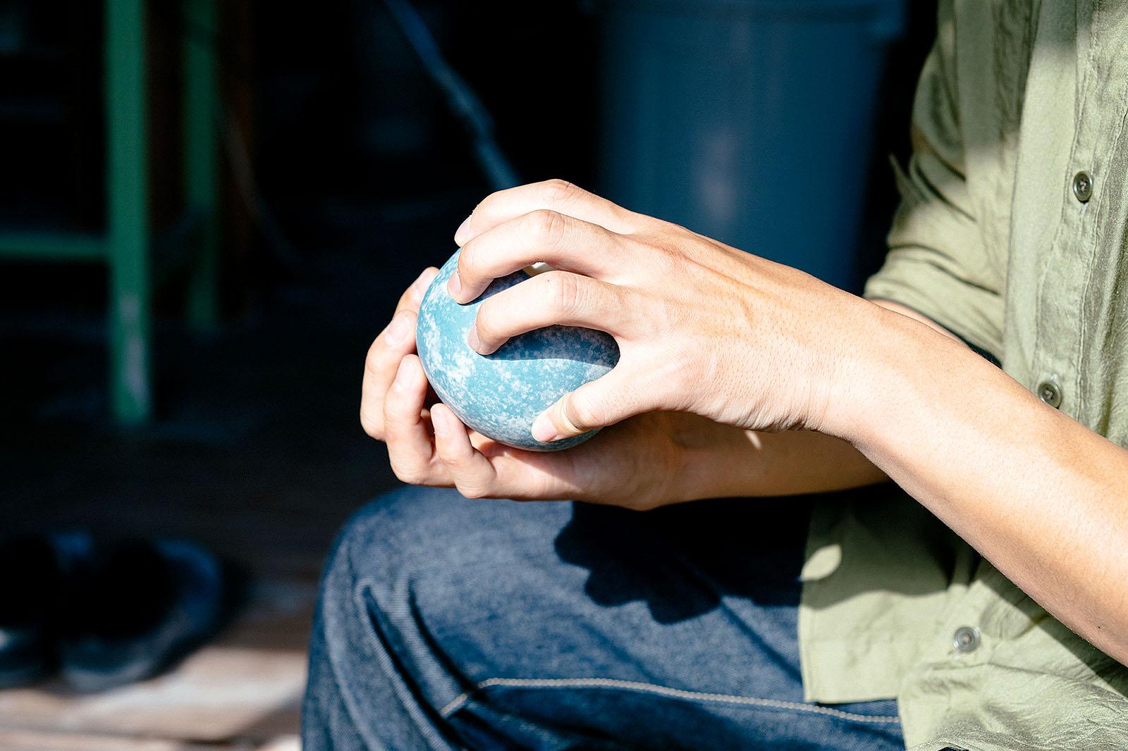陶芸作家 岡崎慧佑 yaunnの器 空と雲のカップ&ソーサー