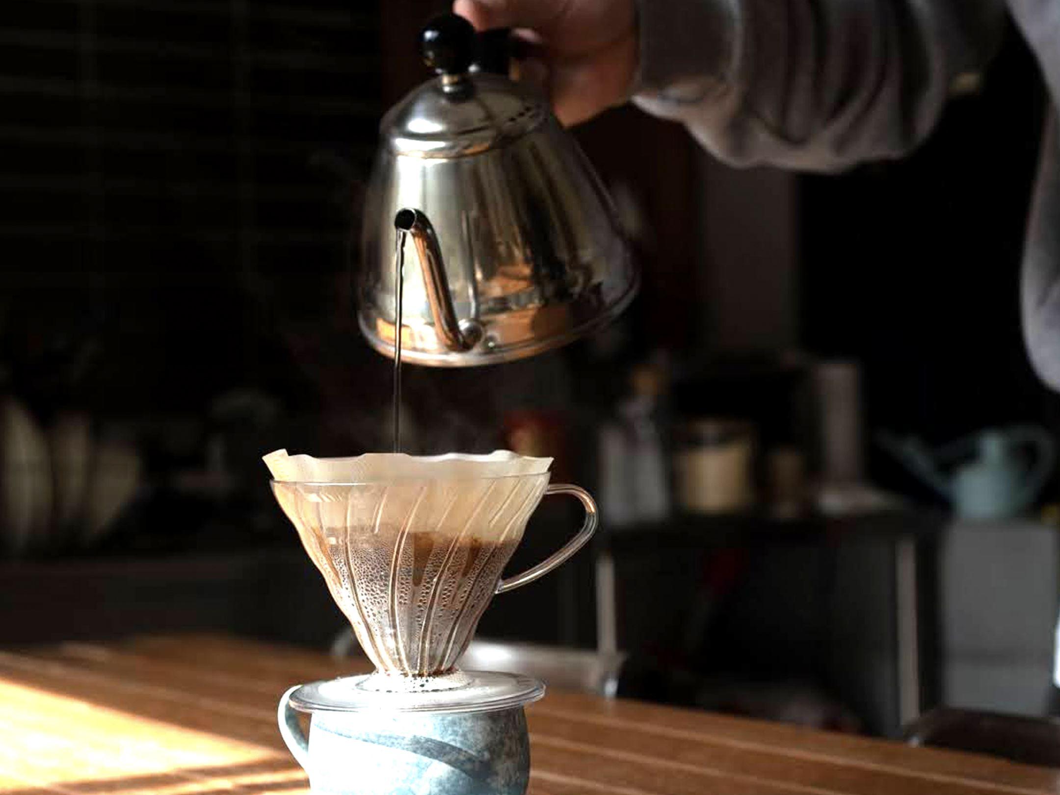 豆の種類だけじゃない。 抽出方法を知ることで、 自分好みのコーヒーに出会えるかも。